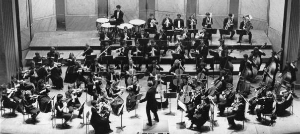 Tchaïkovsky - Orchestre Symphonique d'Europe au théâtre des Champs Elysées (collection Olivier Holt)