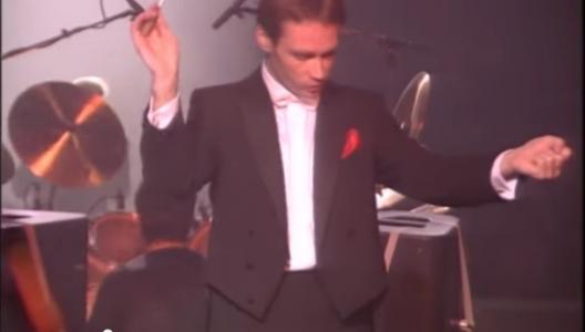 """Olivier Holt dirige l'Orchestre Symphonique d'Europe """"dans la chaleur de Bercy"""""""